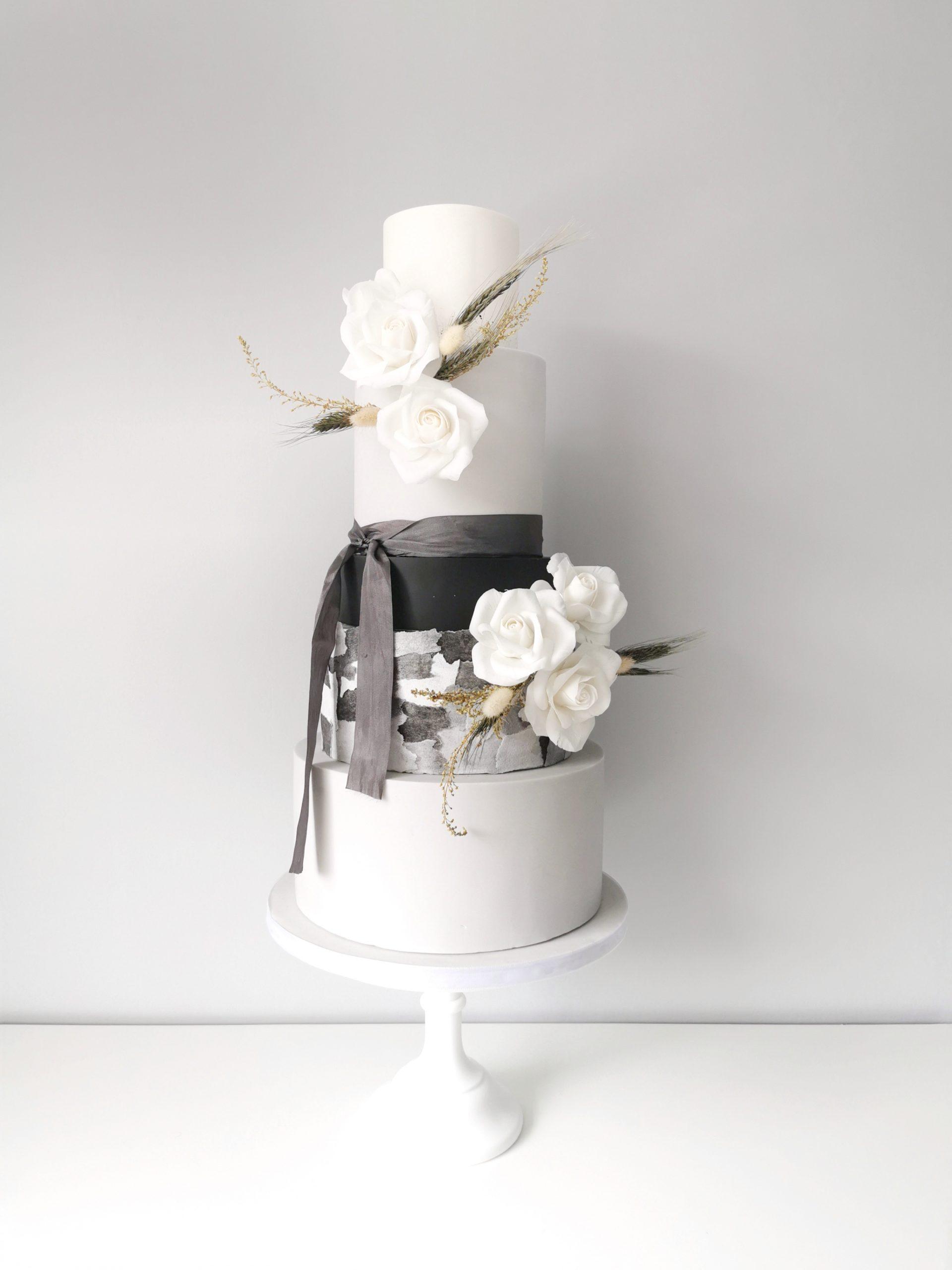 5 tier wedding cake, leeds